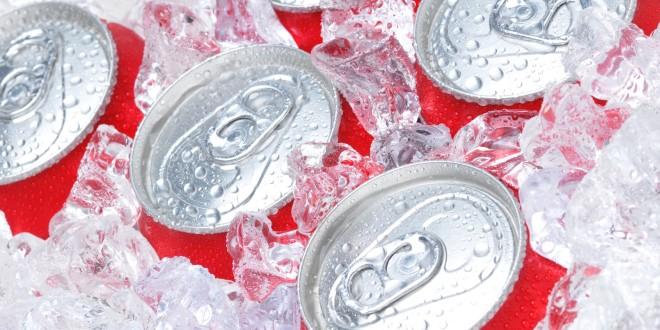 Štetnost gaziranih pića: vaše tijelo sat vremena nakon 1 limenke Cole!