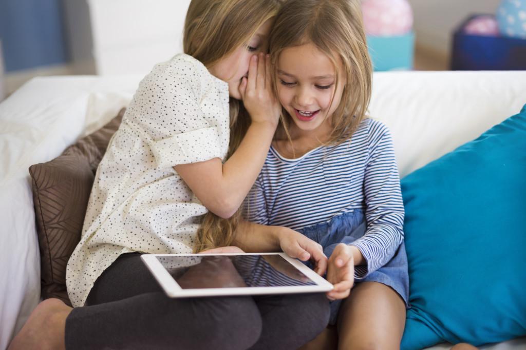 Djeca i tehnologija: napušta se klasično gledanje TV-a, internet je nezaobilazan