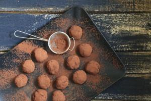 Acai bobice - kako ih iskombinirati u hrani? Pogledajte recept za čokoladne tartufe
