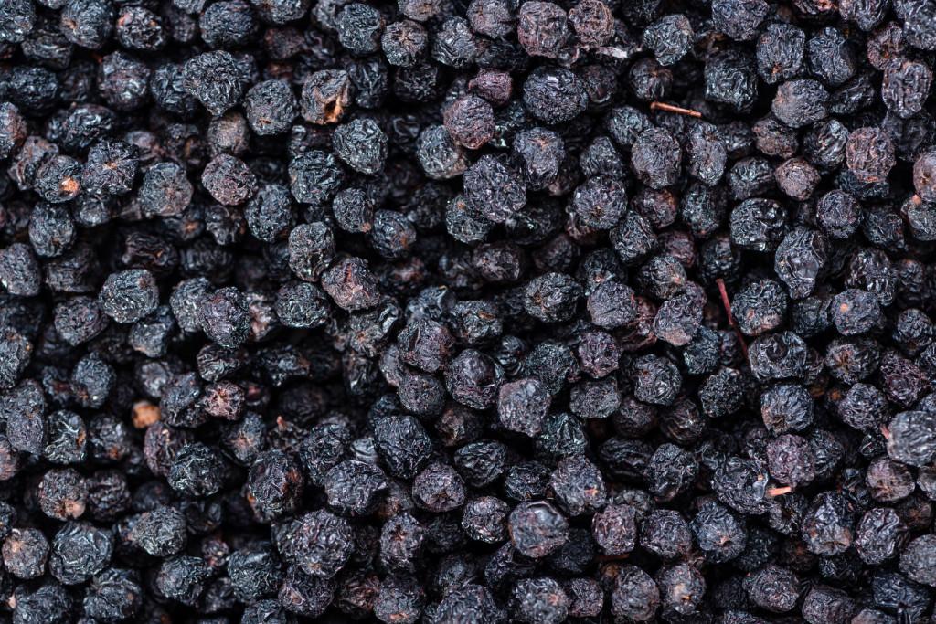 Recepti s aronijom: kraljica supervoća aronija u ukusnim i zdravim receptima