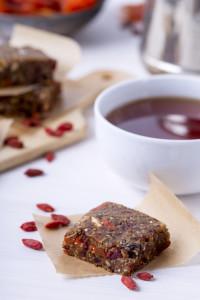 Recepti s chia sjemenkama: energetske pločice s datuljama i chijom!