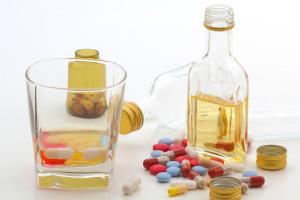Ne igrajte se: ovo su lijekovi koji ne idu s alkoholom!