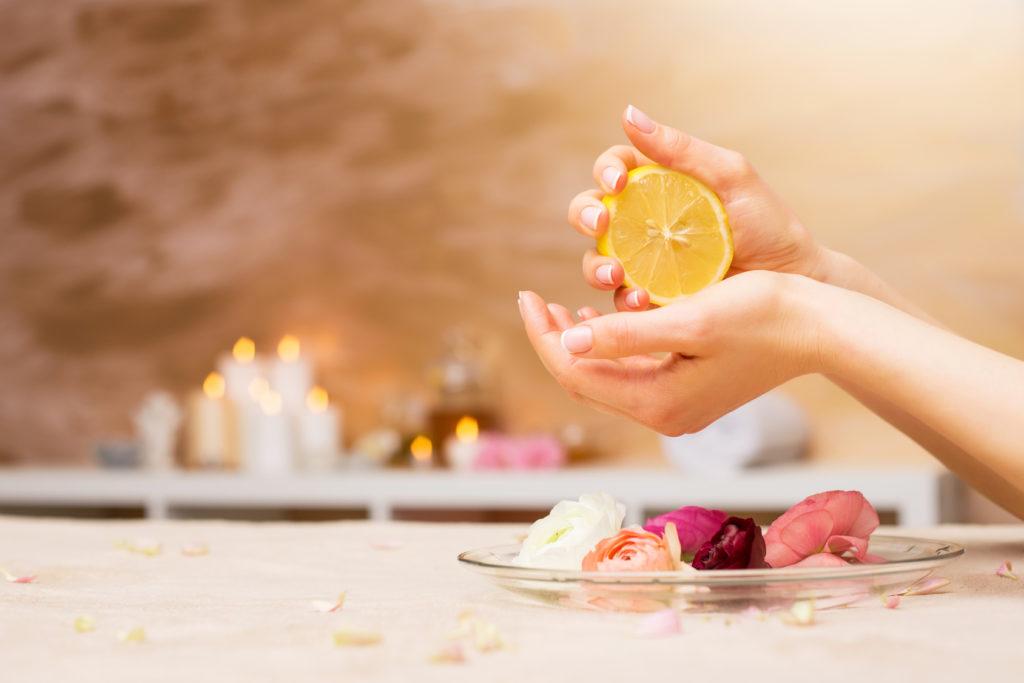 4 izvrsne prednosti limunovog soka za vašu kožu