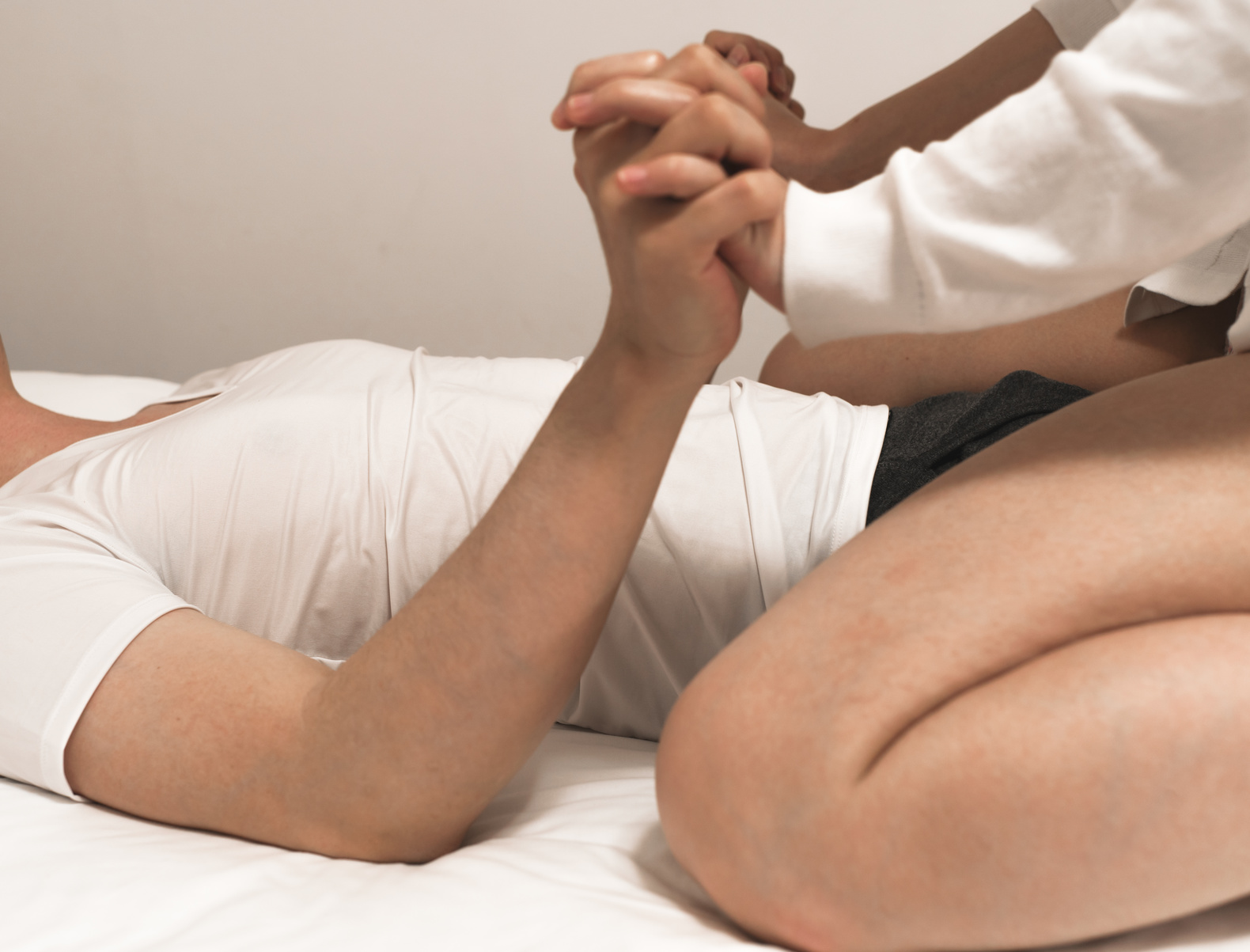 mršave djevojke u porniću