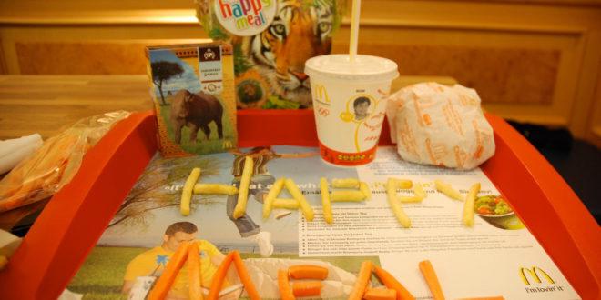 McDonald's povukao igračke iz Happy Meala jer uzrokuju iritaciju kože